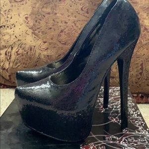 Liliana brand black pump stilettos